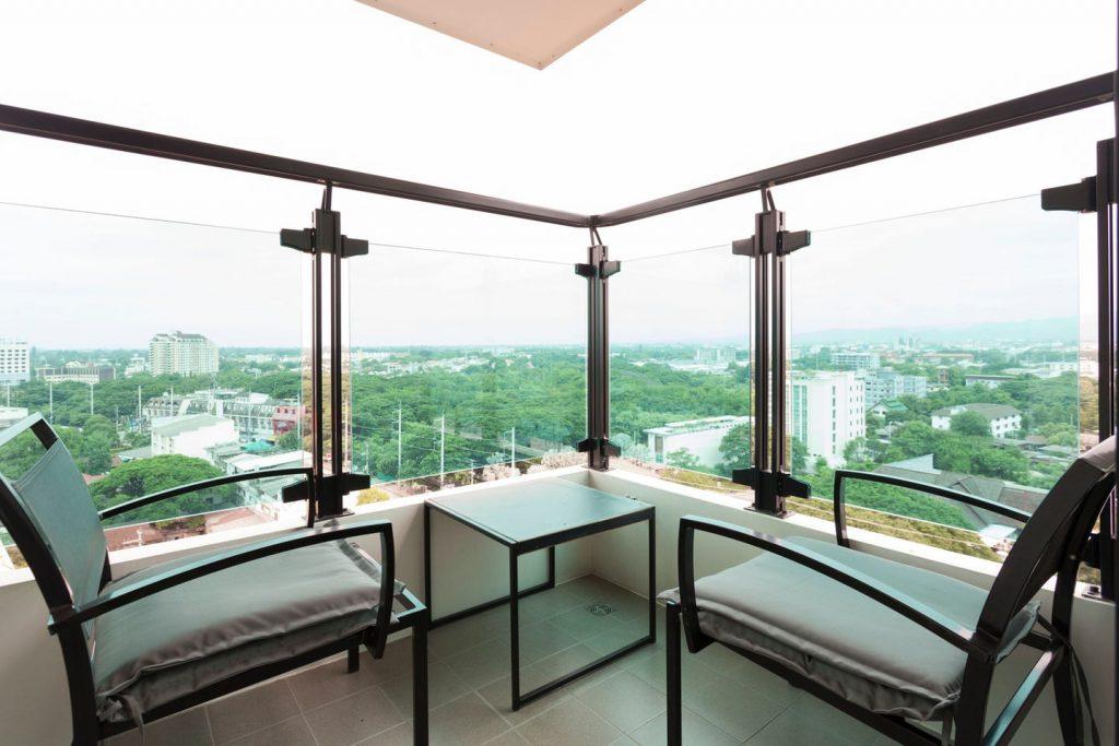 Unique corner balcony with 180 degress views