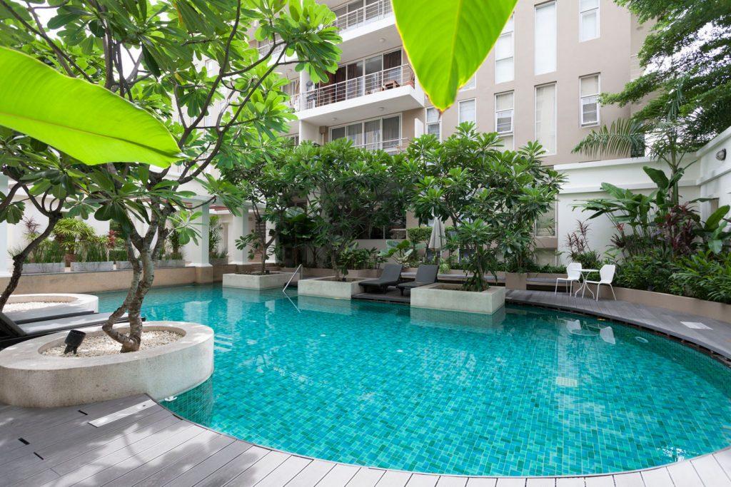 Quiet garden pool